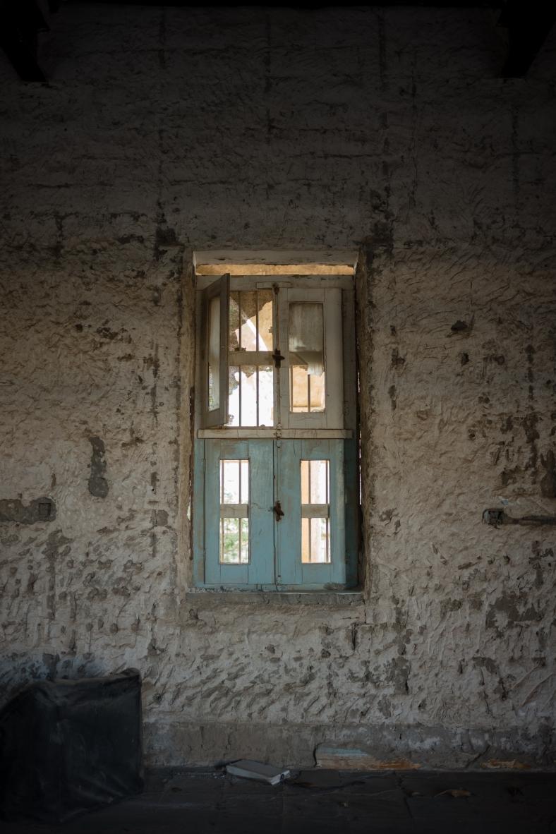 180415_Meem_AbandonedHospital_0003
