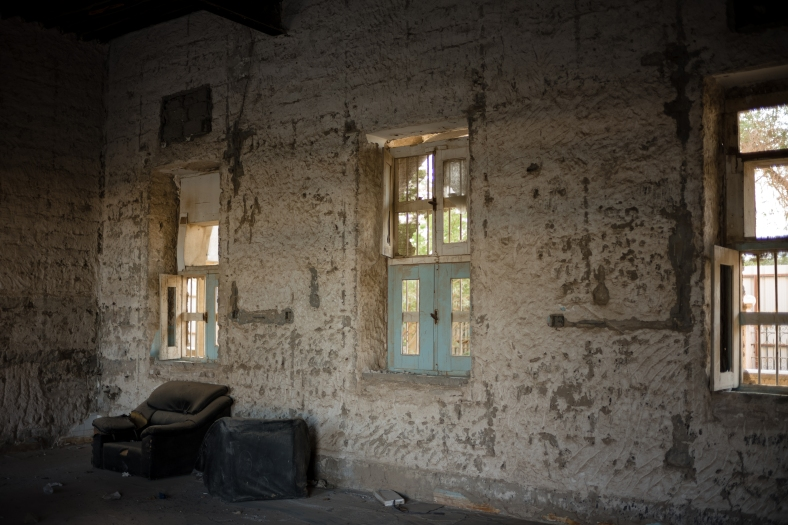 180415_Meem_AbandonedHospital_0008